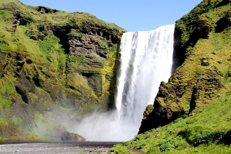 """Résultat de recherche d'images pour """"chute de skogafoss islande"""""""